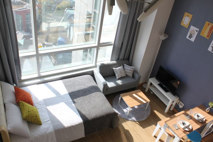 Seoul station Loft with Sky-high view 13