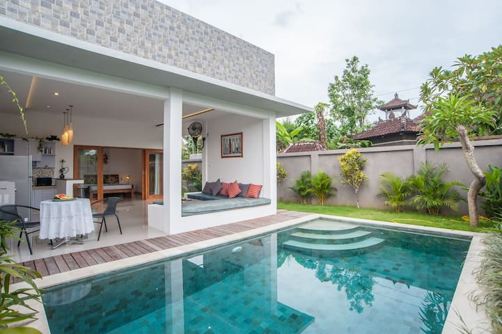 Superb 1BR Villa near Red Carpet Seminyak