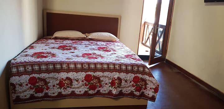 Family Room in de Prisha Janti, 3 mins from JEC