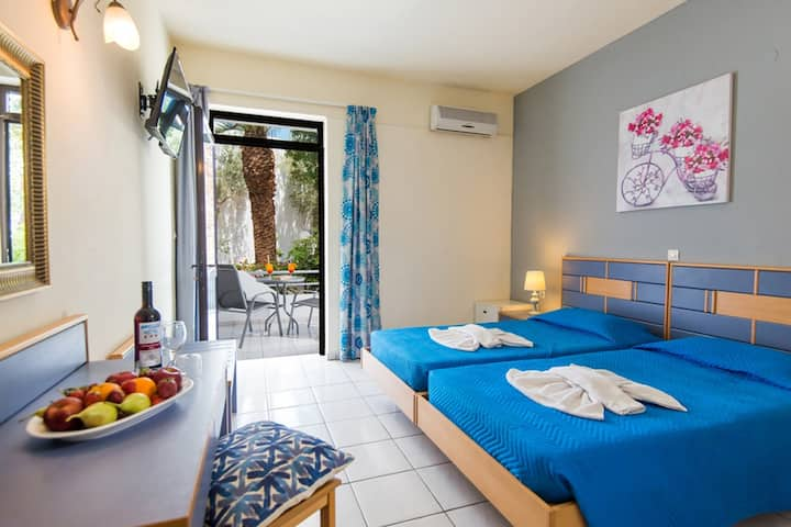 AmnissosResidence - Double Room(Half Board Price)