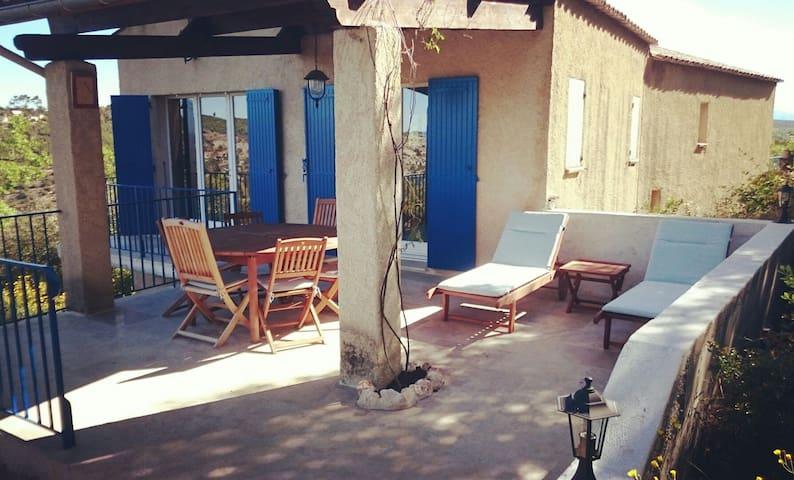 Grande villa provençale accès lac - Esparron-de-Verdon - Huis