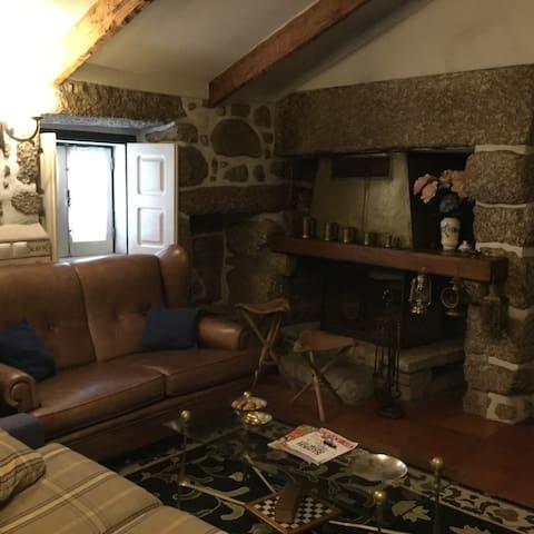 Uma casinha rústica e aconchegante - Carregal do Sal - Дом