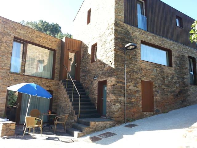 Casa do Céu  1 bedroom Slate Stone Holiday Home
