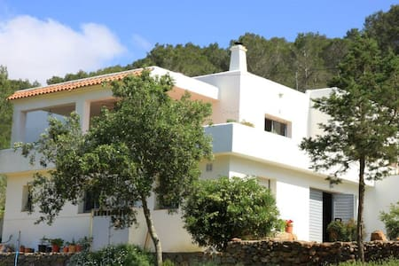 Hillside villa in lovely Ibiza - San Miquel, Ibiza