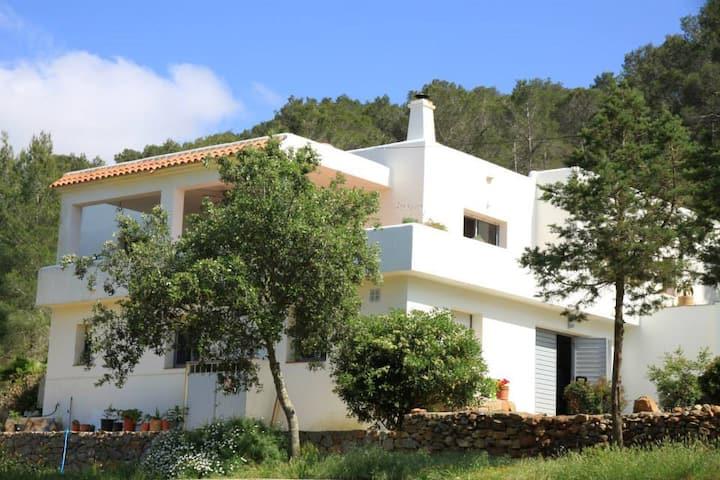 Hillside villa in lovely Ibiza
