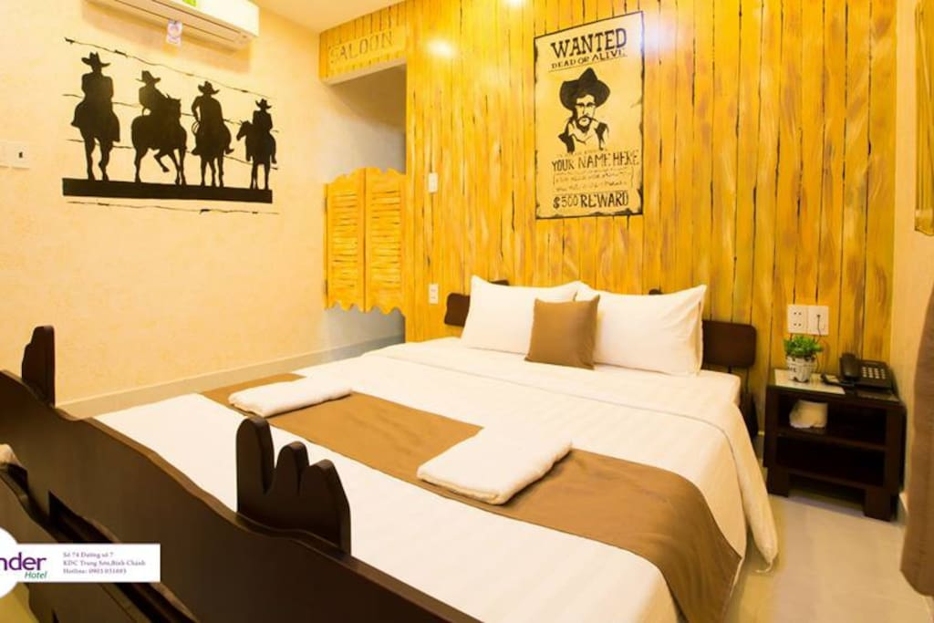 You can enjoy Cowboy jack at this room