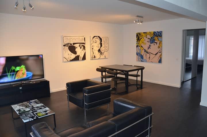 Modern pop-art apartment