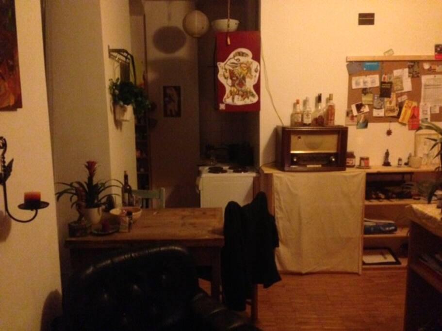 kleine gem tliche 2 zimmer wohnung apartments for rent. Black Bedroom Furniture Sets. Home Design Ideas