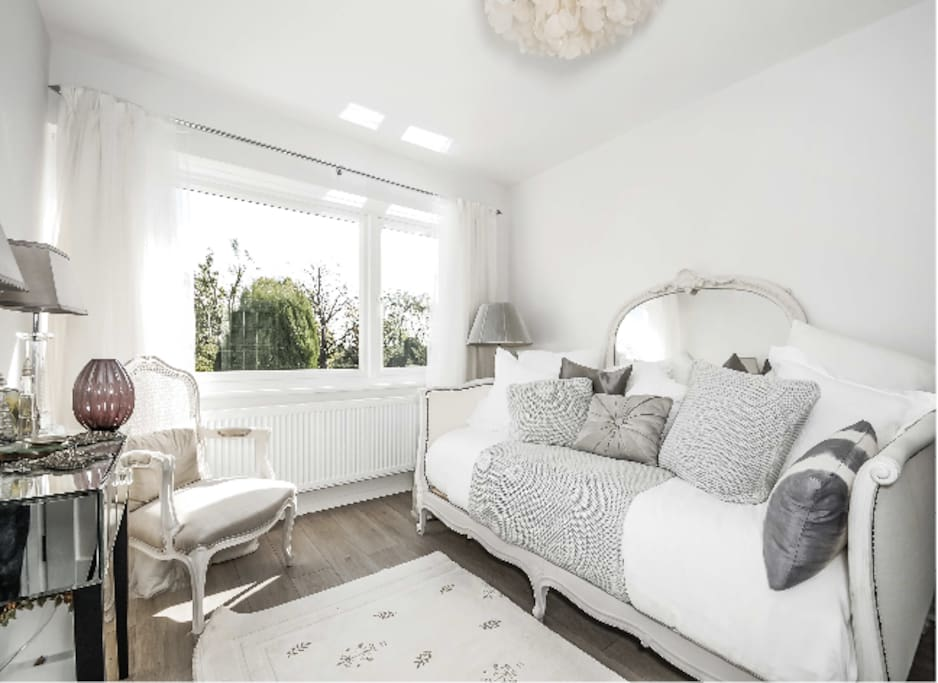 French Style Boutique Bedroom Sw16 Houses For Rent In