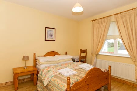 Private Double Bed & En-Suite.