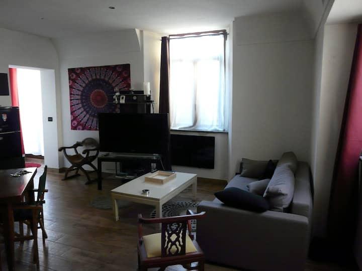 Appartement tout confort au centre du village