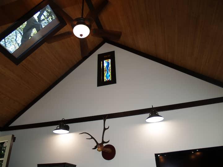 Unique Artist's Loft