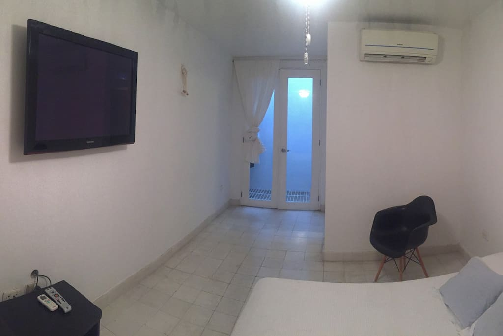Room fully equipt with AC, Directv, Wifi, Private Bathroom, closet, Bed for 2 people.
