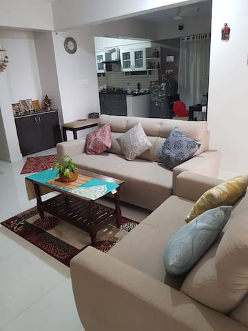 Goodies Galore: Private room near Electronic City