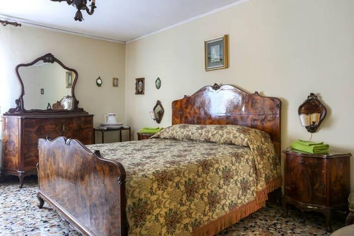 Cozy and Central Room #1 in San Polo - Venice - Apartmen