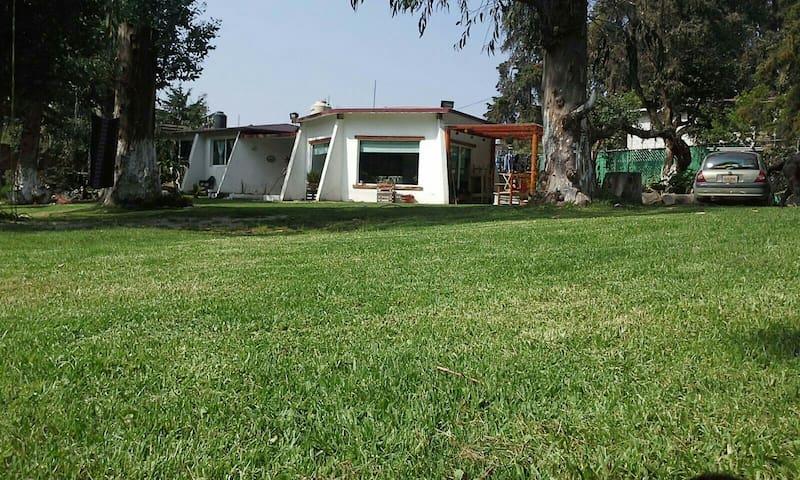 Casa al pie de los Volcanes en Popo Park Edo Mex.