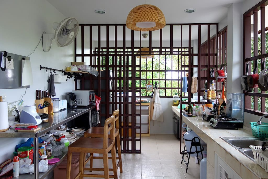 A shared kitchen that customers can use