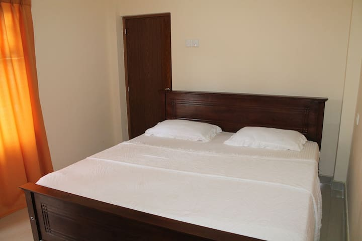 routards maison kandy - kandy - Bed & Breakfast
