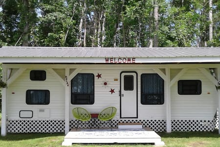Your very own 'Tiny Home' on beautiful Lake Huron
