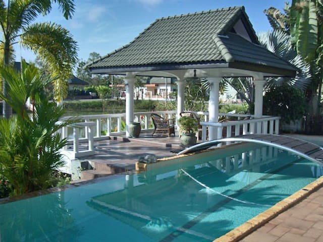 Stunning luxury villa, private pool - Ampur Muang