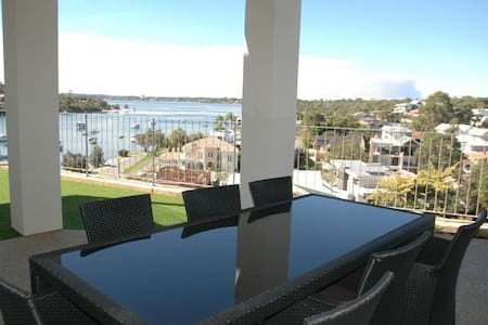 Fremantle Riverview Apartment - Bicton - Wohnung