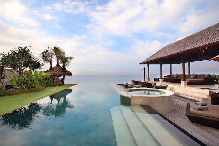 Luxury Beachfront Bali Villa - Bali - Villa