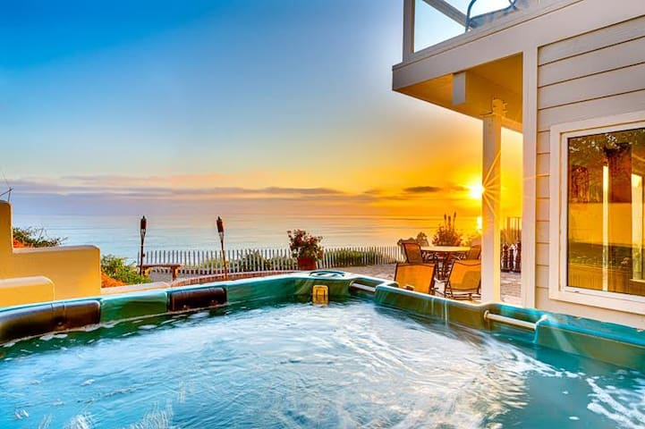 25% OFF APR/MAY DATES - Unobstructed Views, Private Spa, Firepit, Pool Table - San Clemente - House