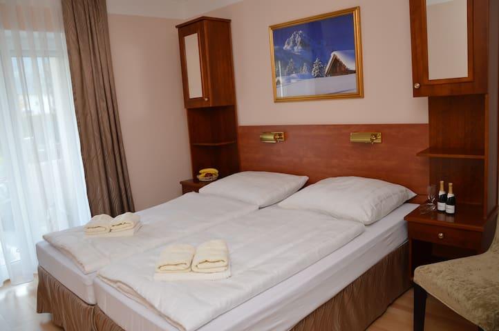 Gemütliche Zimmer in Bad Hofgastein - Bad Hofgastein - บ้าน