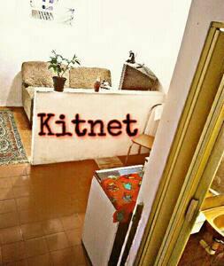 Kitnet mobiliada - Rio de Janeiro