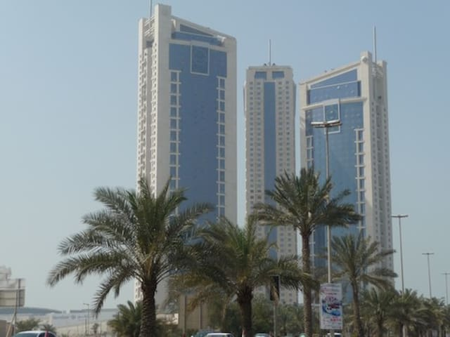 Cool Flat w/Gr8 Views, Close 2 All! - Al Suwayfiyah, Manama
