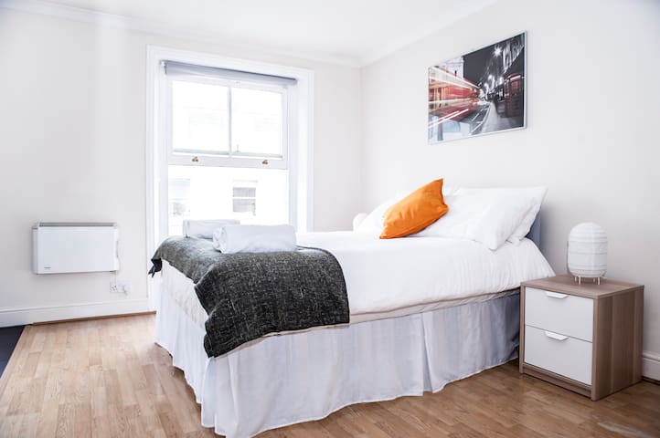 GREAT studio - ZONE 1 - Hyde Park - close to Tubes