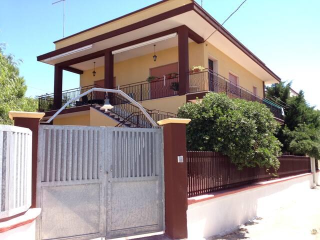 Maison dans les Pouilles  - Monti D'arena-bosco Caggione - Casa