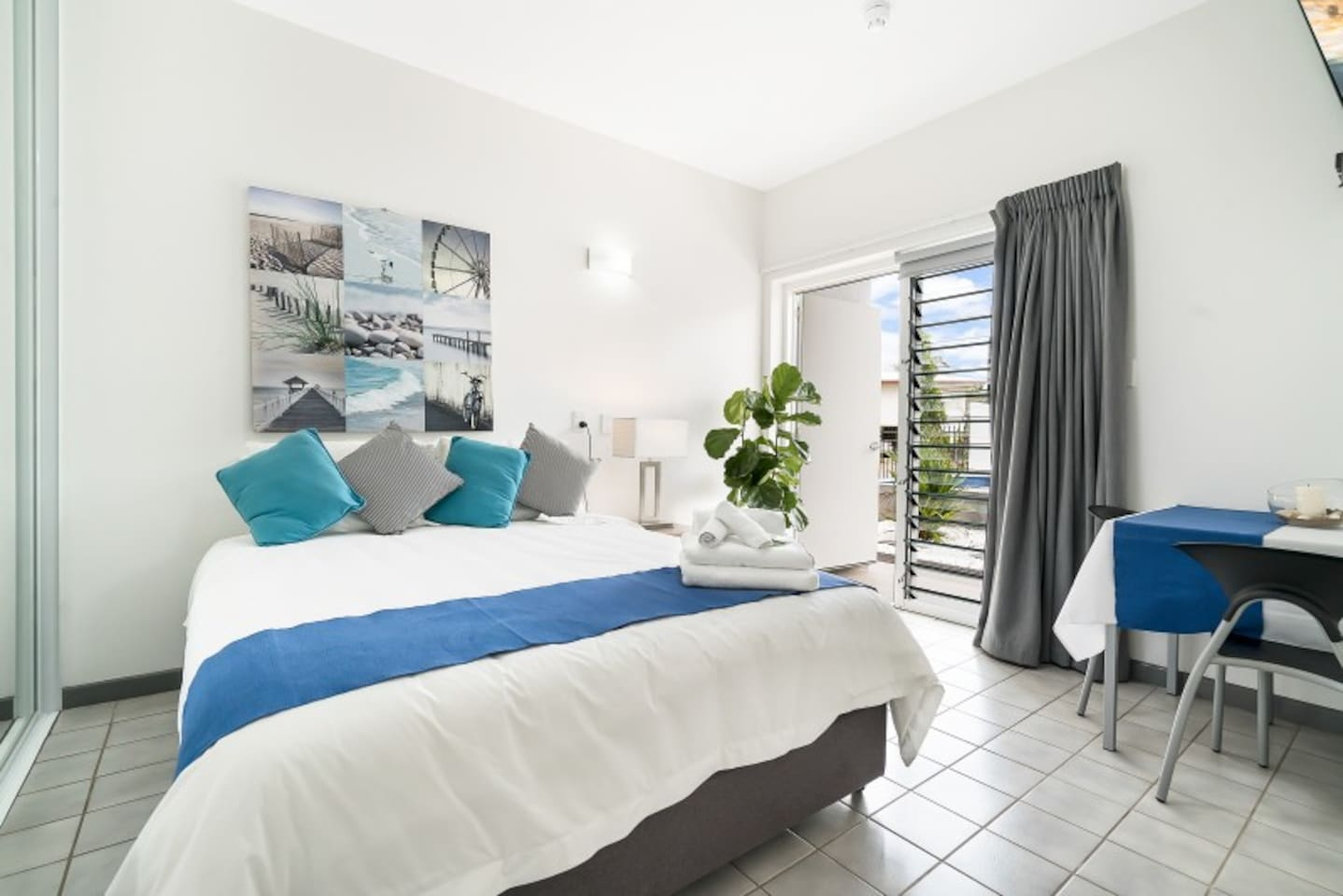 Feel right at home with 50 modern and spacious serviced studio apartments to choose from.
