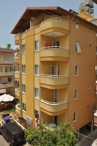 TWİN APART HOTEL 200 meters from Cleopatra beach