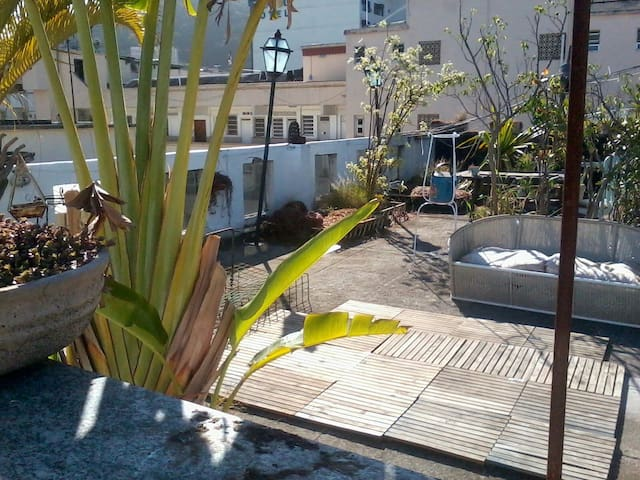 Front King size Bedroom with Fan (s)!!! and wi Fy. - Rio de Janeiro - House
