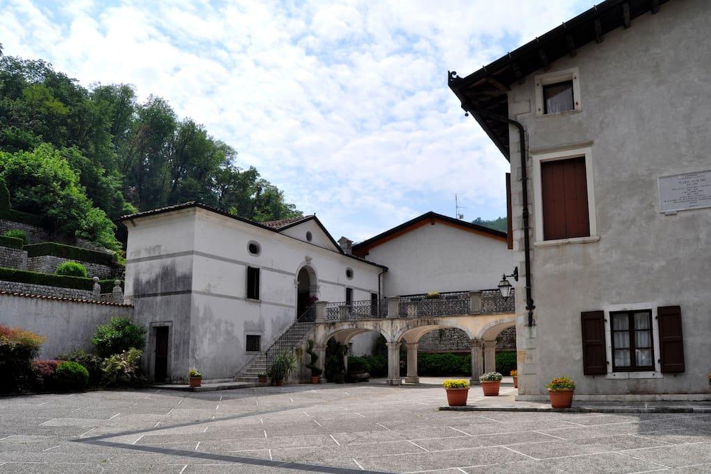 Cortile interno di Palazzo Scolari