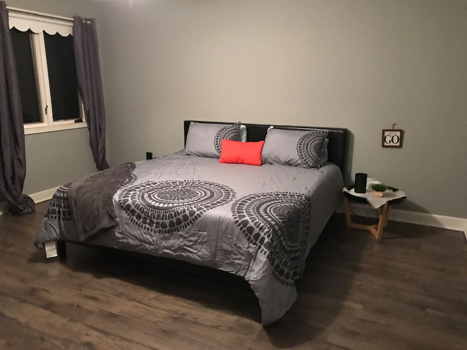 King bed with full bath