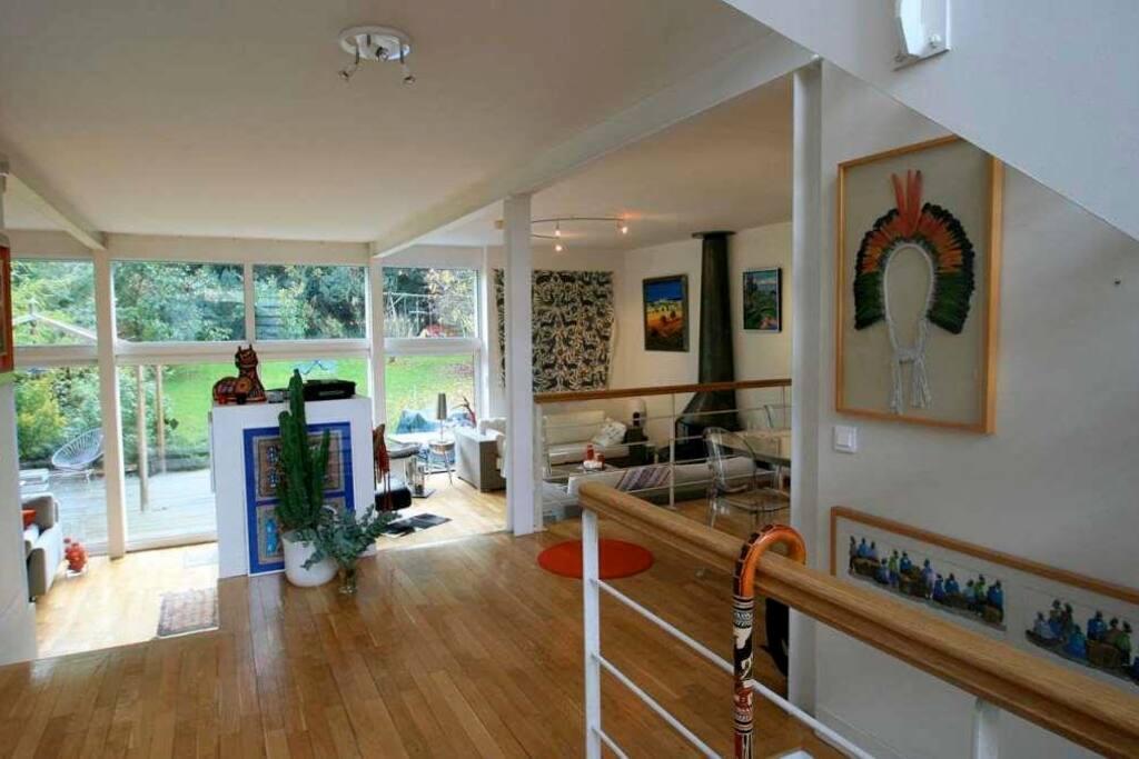 maison d 39 architecte 190m maisons louer s vres le de france france. Black Bedroom Furniture Sets. Home Design Ideas