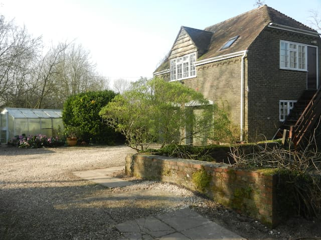 Spacious Riverside Annexe & garden -  Nr Blandford Forum