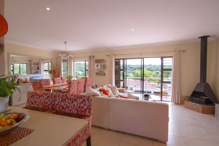 Trendy luxurious Apartment in Sandton