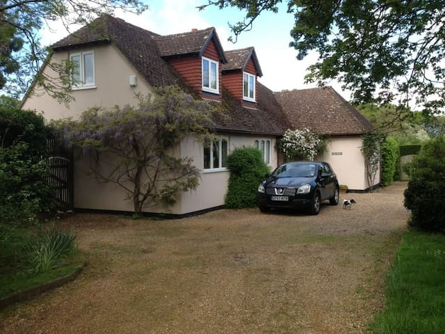 Home from Home - Hadlow - Ev
