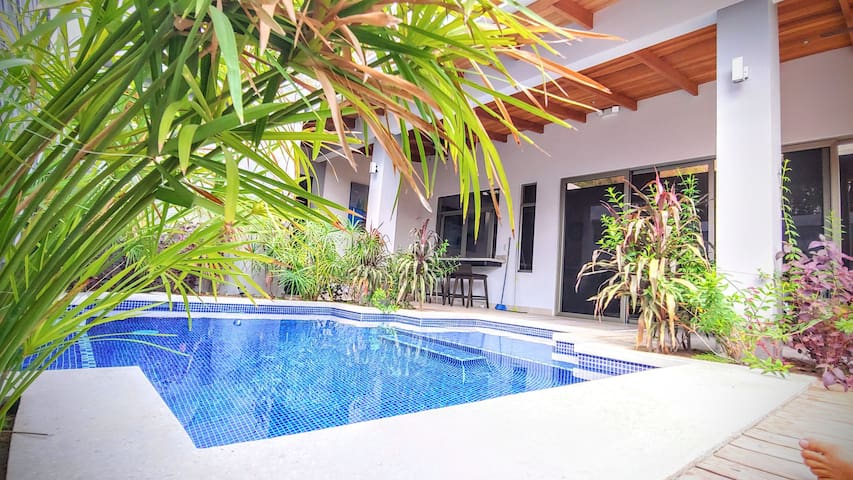 Amazing 2 bedrooms  Villa in Santa Teresa beach.