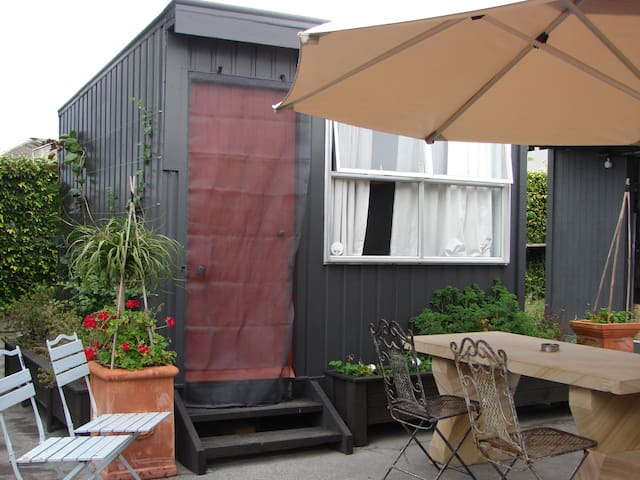 Clevedon coastal, rural sleep-out  - Auckland - Other