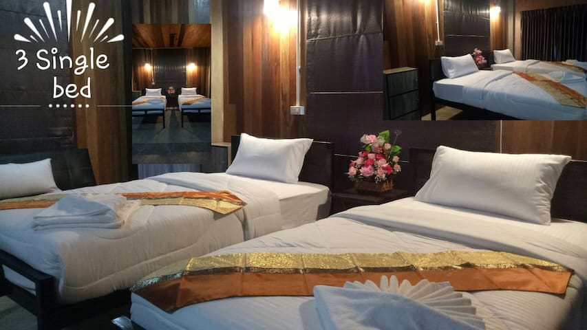 ฺBAAN 9' NAN(r1). Triple bed in private room.