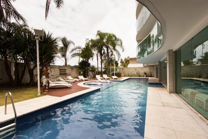 Barra da Tijuca - Frente Praia - Lindo apartamento