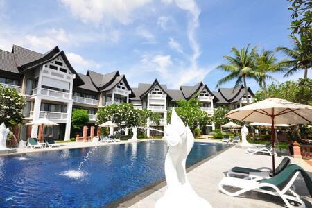 Cozy 2 BR duplex in Laguna Allamanda - Choeng Thale - Byt