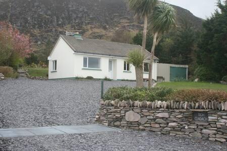 Tigh Cladach, Kells, Co Kerry.
