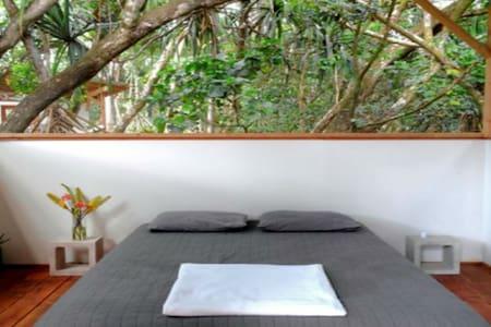 Studio Cabins at Kualoli Permaculture Sanctuary - Pāhoa - Cabin