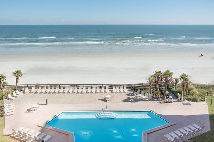 Oceanfront and Spectacular! Come relax and renew!