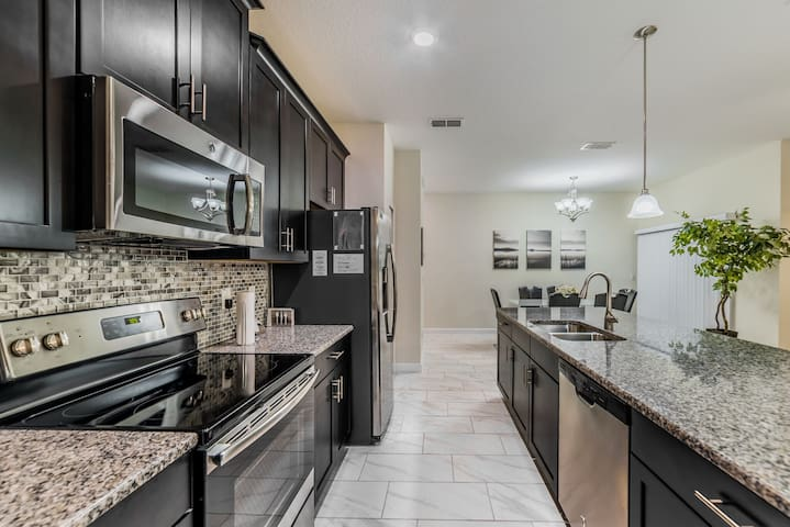 BRAND NEWHOME, close to Disney and malls - Kissimmee - Casa